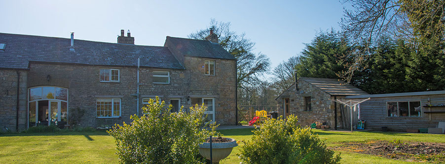 Tarrifs for station farm cottage self catering accommodation near Kirkby Lonsdale